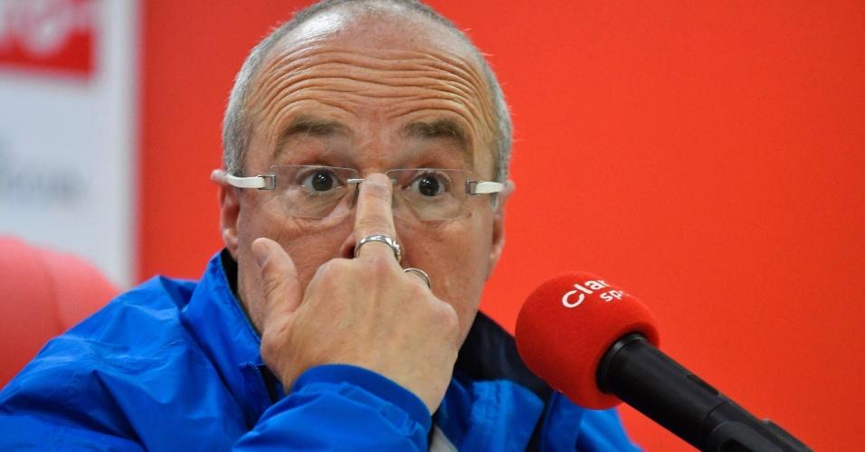 Técnico Jorge Célico, do Equador, é suspenso pela Fifa