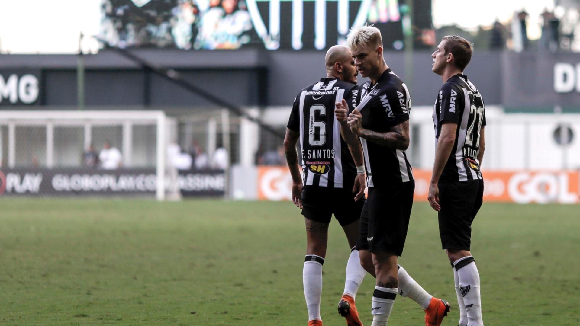 Roger Guedes comemora gol do Atlético-MG diante do Fluminense no Independência pelo Campeonato Brasileiro 2018