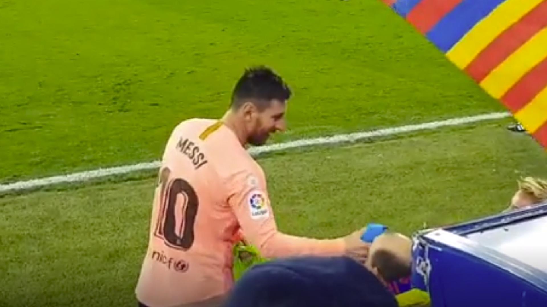 b15a9ece46 Especialistas da moda apontam Messi  ousado e chique  com ternos  chamativos. Comente. UOL Esporte