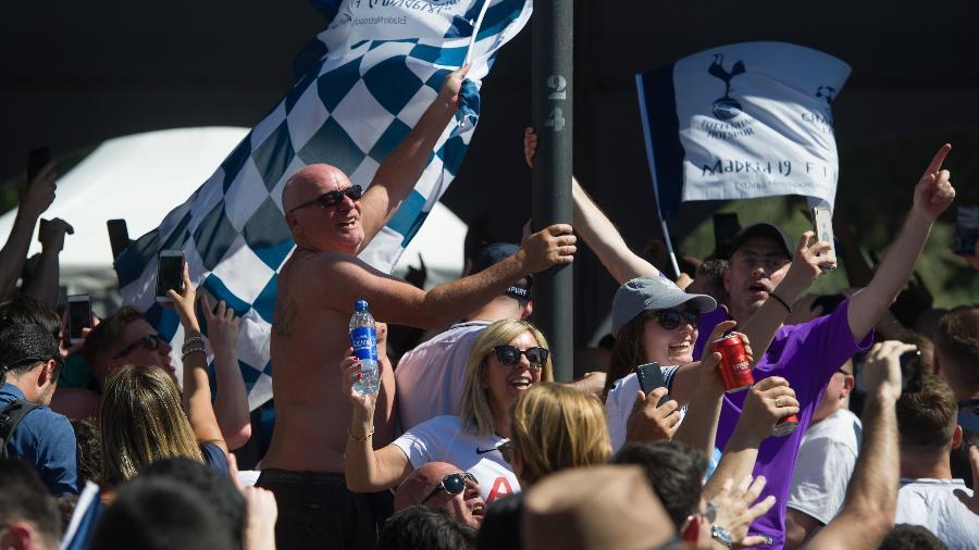 Torcedores do Tottenham foram apontados como os melhores na cama - LOLI SAN JOSE/AFP