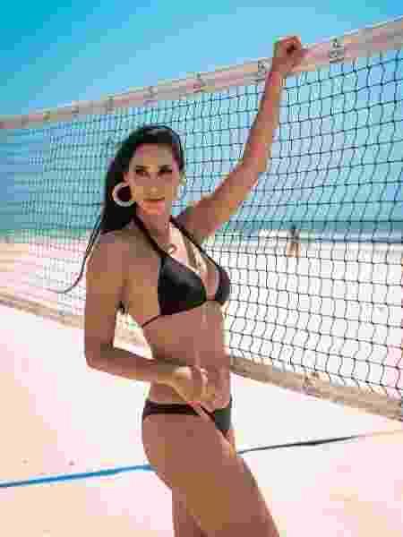 Jaqueline Carvalho chegou a treinar vôlei de praia - Reprodução/ Instagram