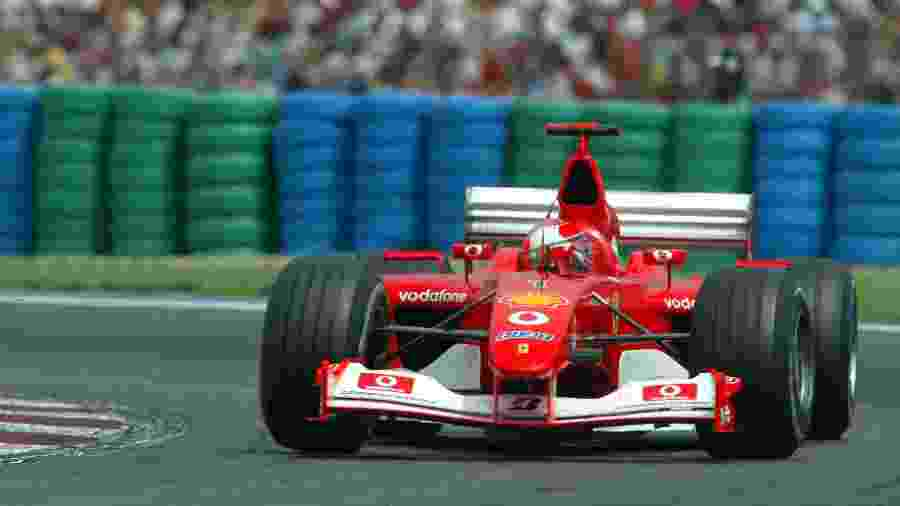 Ferrari F2002 foi pilotado por Michael Schumacher no GP da França de 2002, no qual alemão venceu e foi campeão - Jed Leicester/EMPICS via Getty Images