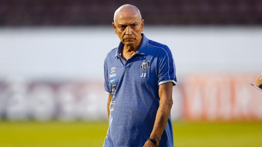 Jesualdo Ferreira durante o jogo do Santos - Thiago Calil/AGIF