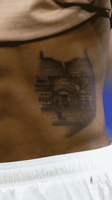 Pedaço da infância: Tatuagem de Marcus Rashford remete aos anos em que futebol era sonho - Reprodução/Twitter - Reprodução/Twitter