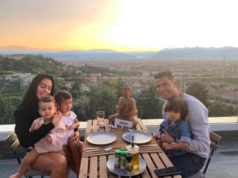 futebol muleke - cristiano ronaldo familia