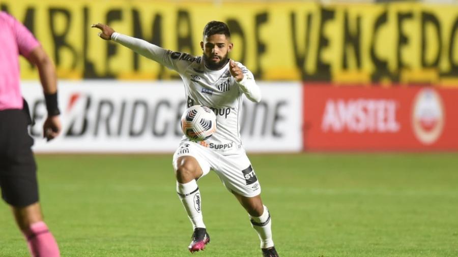 Felipe Jonatan disse que ainda não é hora de pensar no clássico contra o Corinthians - Santos/Divulgação