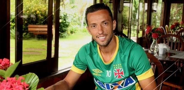 Nenê assinou nesta teça-feira o novo contrato com o Vasco - Paulo Fernandes/Vasco