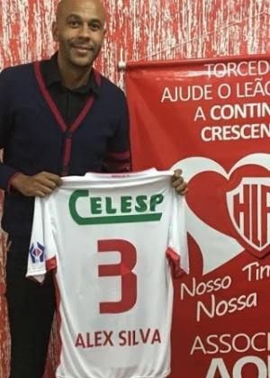 Aos 31 anos, zagueiro lidera 'esquadrão' do Hercílio Luz na segunda divisão de SC