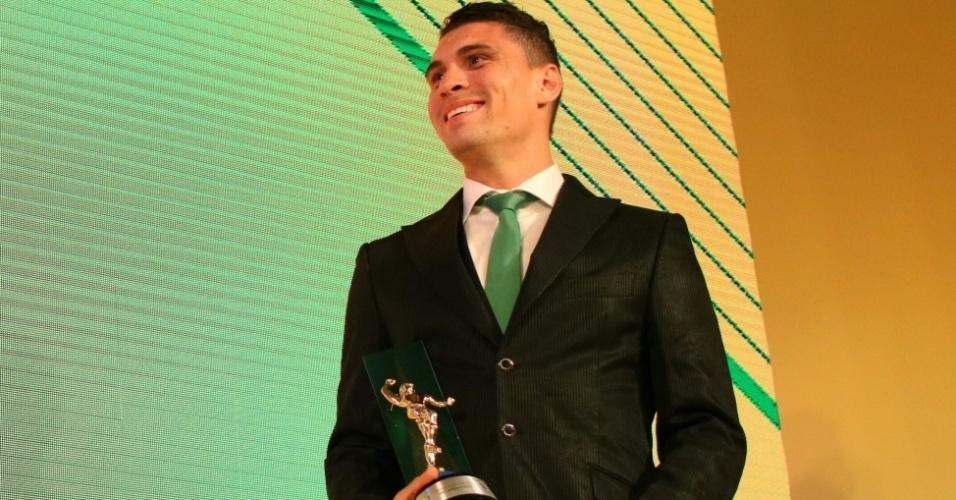 Moisés, do Palmeiras, entrou no meio-campo da seleção do Campeonato Brasileiro