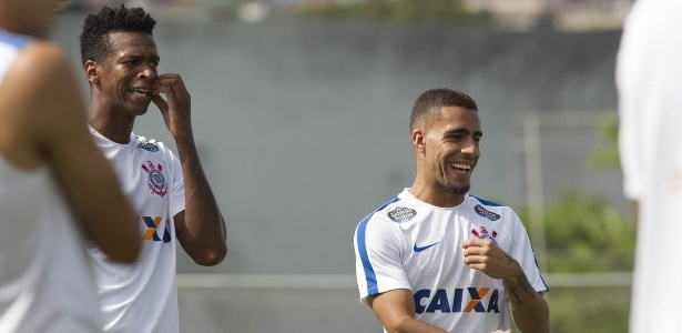 Jô e Gabriel voltarão a ter chance no time titular de Fábio Carille