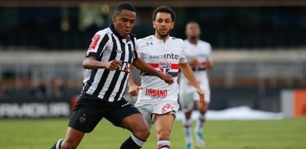 Atlético-MG atrasou parcela para o pagamento da compra de Elias