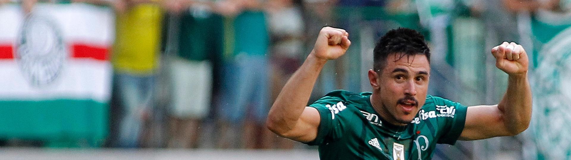 A vitória do Palmeiras sobre o São Paulo teve dois gols de Willian