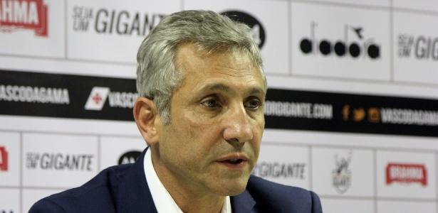 Presidente do Vasco, Alexandre Campello perdeu o apoio de seus principais aliados no clube
