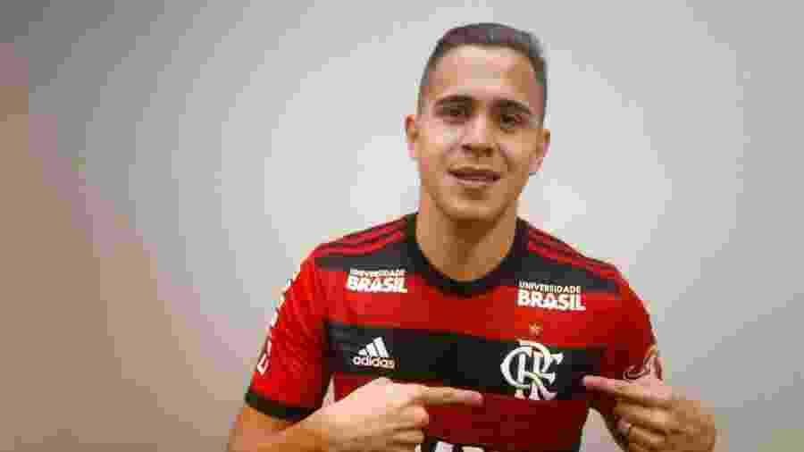Piris da Motta pode ficar com vaga que era de Cuéllar no Flamengo - Divulgação