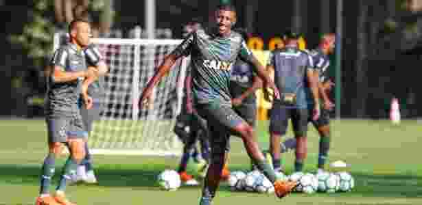 Emerson, lateral direito do Atlético-MG, chama a atenção do futebol europeu - Bruno Cantini/Divulgação/Atlético-MG