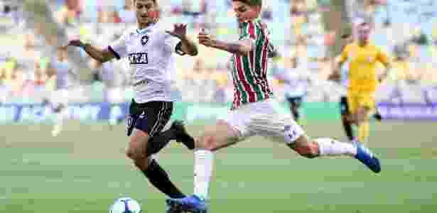 Ayrton Lucas falou sobre situação no Fluminense - LUCAS MERÇON / FLUMINENSE F.C