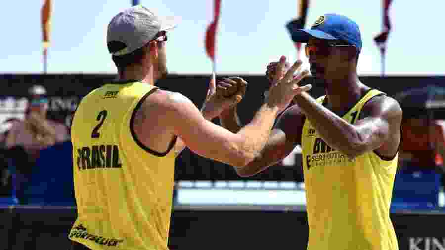 Thiago e Oscar no vôlei de praia masculino  - CBV