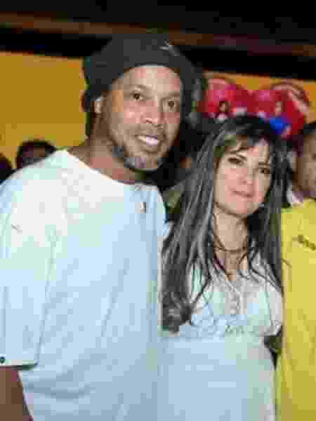 Dalia López com Ronaldinho - Reprodução