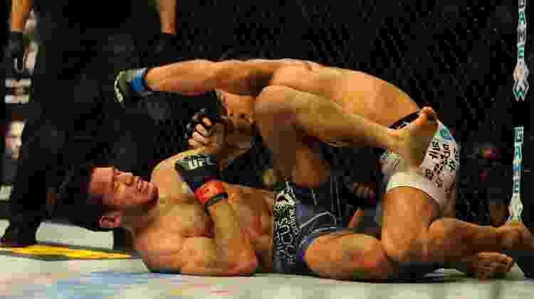 Nover em maio de 2015 no UFC Fight Night contra Yui Chul Nam - Dondi Tawatao/Getty Images