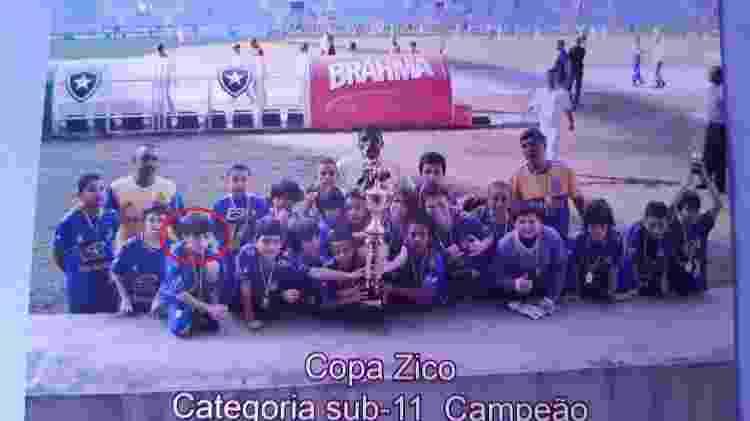 Gabriel Pec quando foi campeão da Copa Zico sub-11 pelo Carangola - Arquivo Pessoal - Arquivo Pessoal
