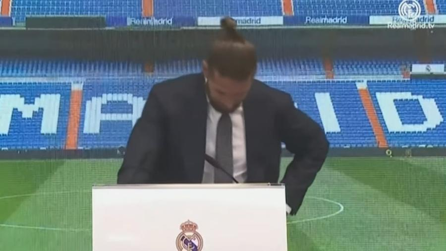 Sergio Ramos se emocionou e precisou paralisar o seu discurso por alguns segundos - Reprodução/YouTube