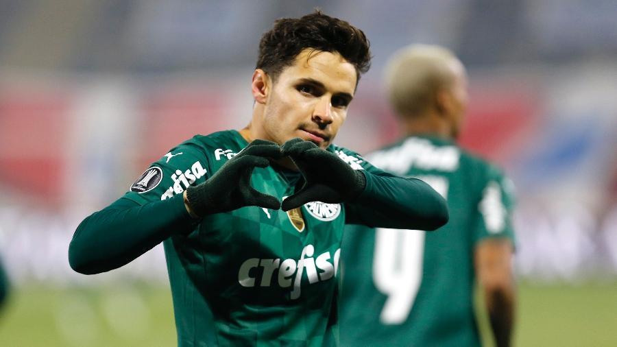 Raphael Veiga, do Palmeiras, comemora seu gol contra a Universidad Católica, pela Libertadores - Staff Images / CONMEBOL