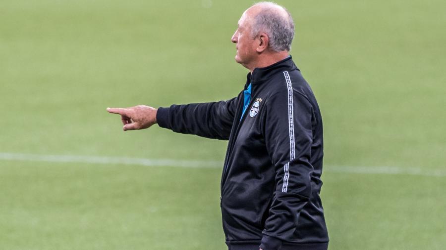 Grêmio é goledo por Athletico-PR e segue na zona de rebaixamento - Robson Mafra/Robson Mafra/AGIF
