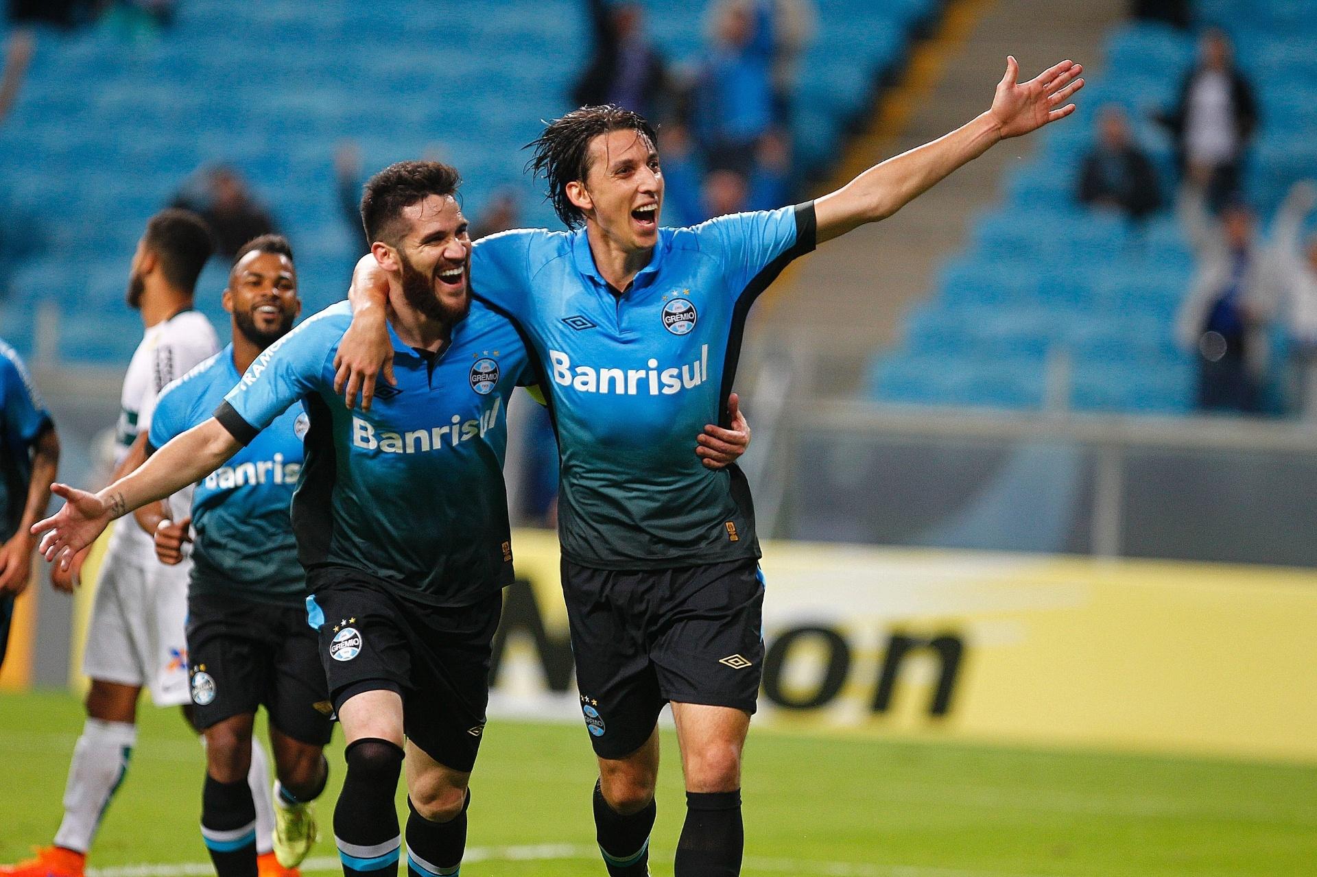 Grêmio quer usar Marcelo Oliveira como coringa da defesa em 2018 -  31 12 2017 - UOL Esporte 29eb86bb3bacc