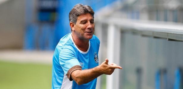 Renato Gaúcho brincou sobre pressão exercida pela torcida no Mineirão