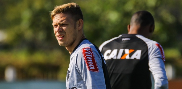 Muito treino e poucos jogos. Marlone atuou apenas 16 vezes em seis meses de Atlético-MG
