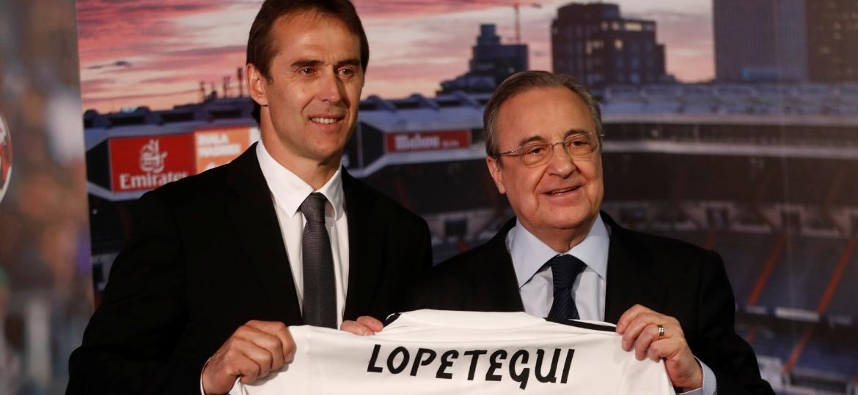 Lopetegui é apresentado no Real Madrid ao lado do presidente Florentino Perez - Juan Medina/Reuters