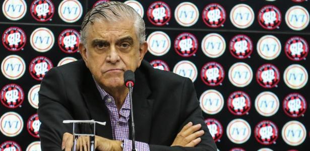 Presidente do Conselho do Atlético-PR, Mário Celso Petraglia negocia com a Globo - Geraldo Bubniak/AGB/Folhapress