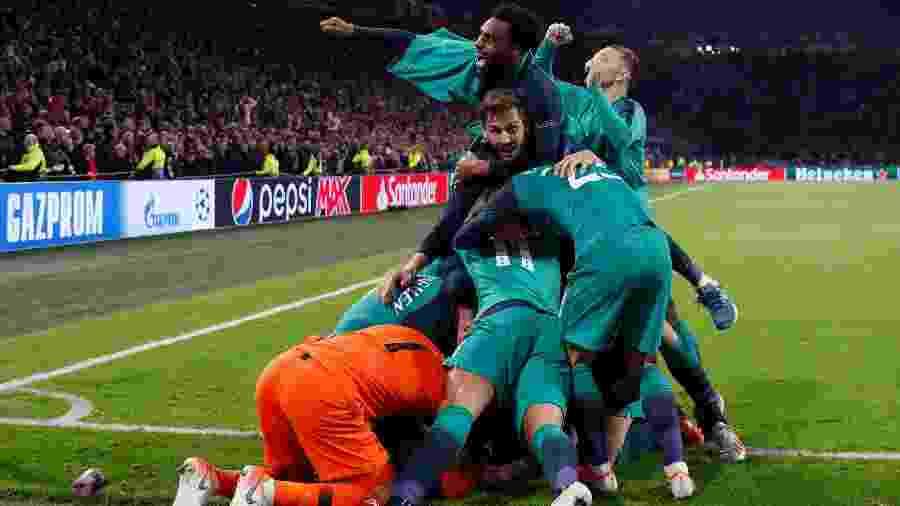 Tottenham perdeu por 1 a 0 em casa para o Ajax, mas venceu jogo de volta fora de virada por 3 a 2 - Adrian DENNIS / AFP