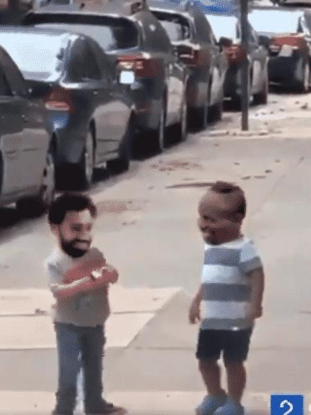 Salah e Mané viraram crianças em montagem de vídeo que viralizou na internet - Reprodção/Twitter