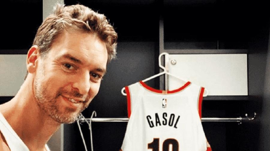 Pau Gasol assinou contrato com os Blazers em julho deste ano; contrato era de um ano - Reprodução/Instagram