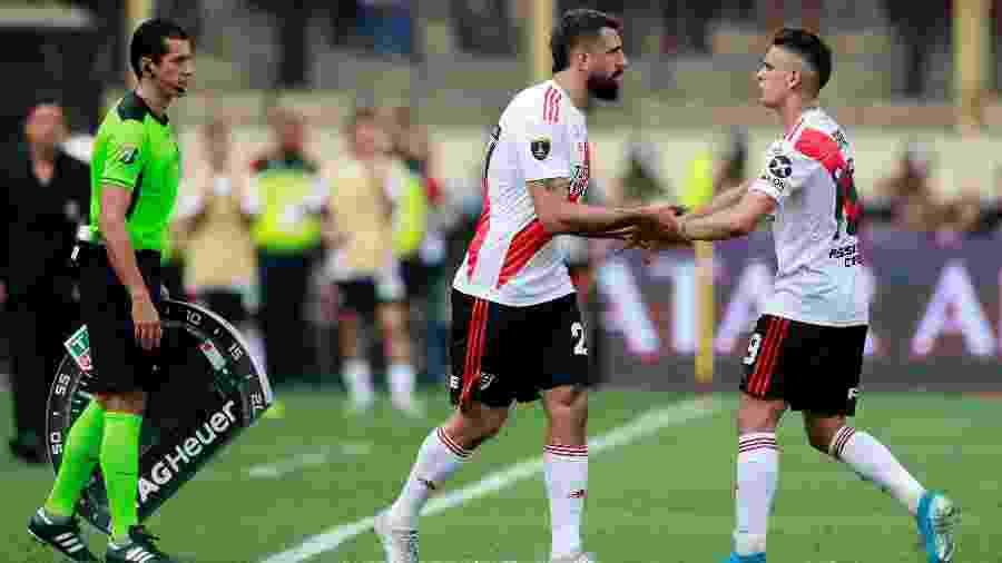 Pratto entrou no lugar de Borré na final da Libertadores - REUTERS/Henry Romero