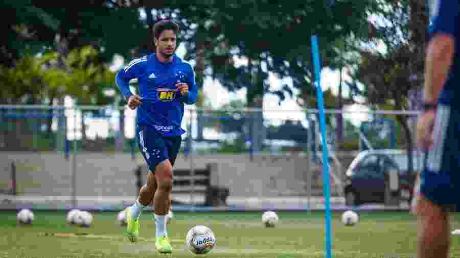 Zagueiro Léo, do Cruzeiro - Vinnicius Silva/Cruzeiro