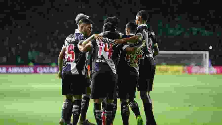 Vasco sofre com pandemia e anunciou 16 jogadores contaminados com coronavírus  - Rafael Ribeiro / Vasco