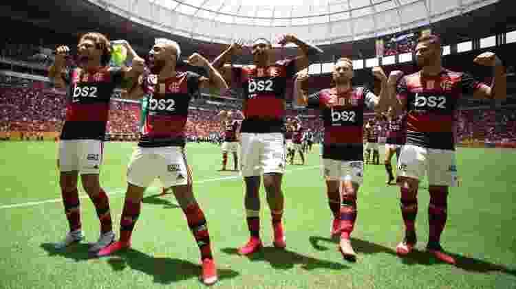 Jogadores do Flamengo revidam provocação do Athletico com gesto de Gabigol - Lucas Figueiredo/CBF - Lucas Figueiredo/CBF