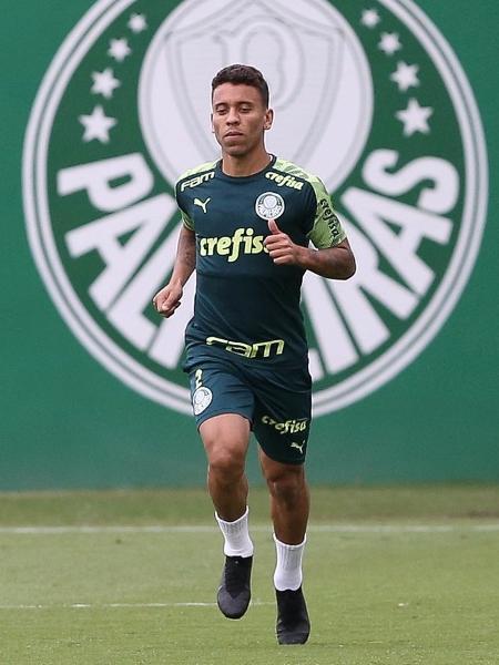 Voltando de lesão, Marcos Rocha treina na Academia de Futebol do Palmeiras - Cesar Greco/SE Palmeiras