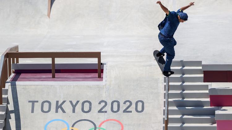 El brasileño Kelvin Hoefler compite en la final de patineta en Tokio - Dan Mulan / Getty Images - Dan Mulan / Getty Images