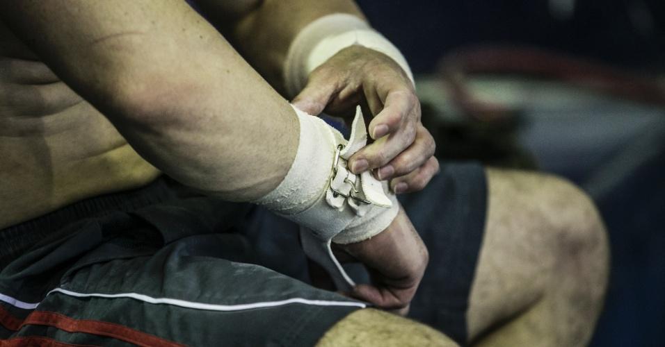 Especial Arthur Zanetti: ajuste na proteção de mão