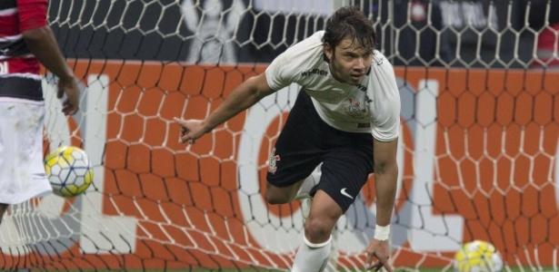 No primeiro turno, Corinthians venceu o Santa Cruz na Arena em Itaquera