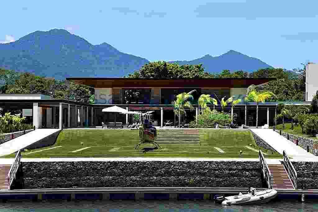 Casa comprada por Neymar em Mangaratiba, no Rio de Janeiro, tem 6265 m²  - Reprodução