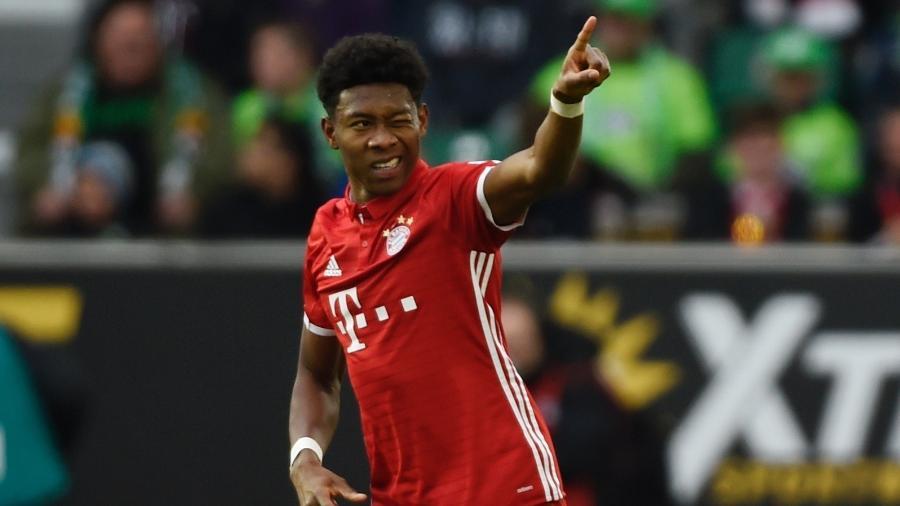 David Alaba comemora gol pelo Bayern de Munique - Fabian Bimmer/REUTERS