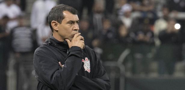 Carille deve manter o esquema 4-2-3-1 no Corinthians versão 2018