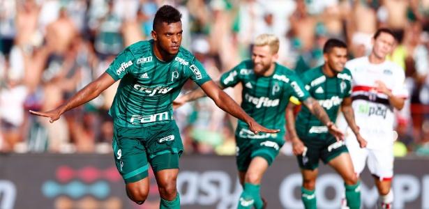 Borja comemora gol do Palmeiras sobre o Botafogo-SP