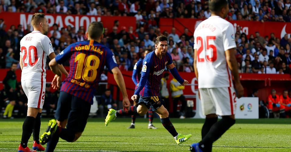 Messi comemora após marcar golaço contra o Sevilla