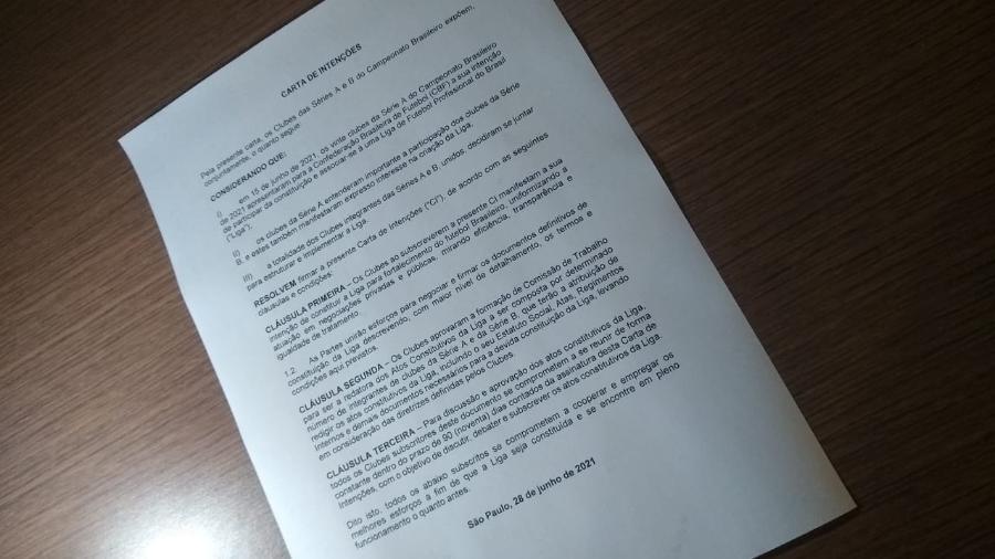 Carta de Intenções da Liga foi assinada por 36 presidentes que se reuniram ontem (28) em São Paulo - Arthur Sandes/UOL