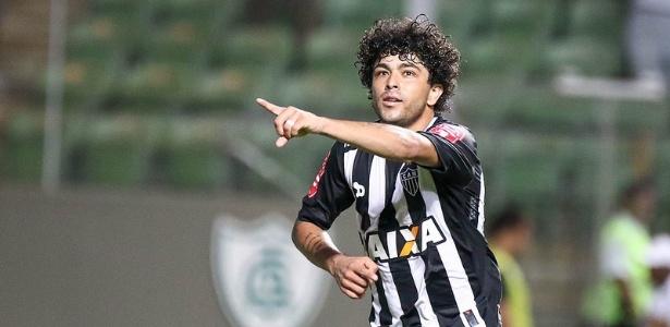Luan fez dois gols na goleada do Atlético-MG sobre o Boa Esporte e dedicou o primeiro a Robinho